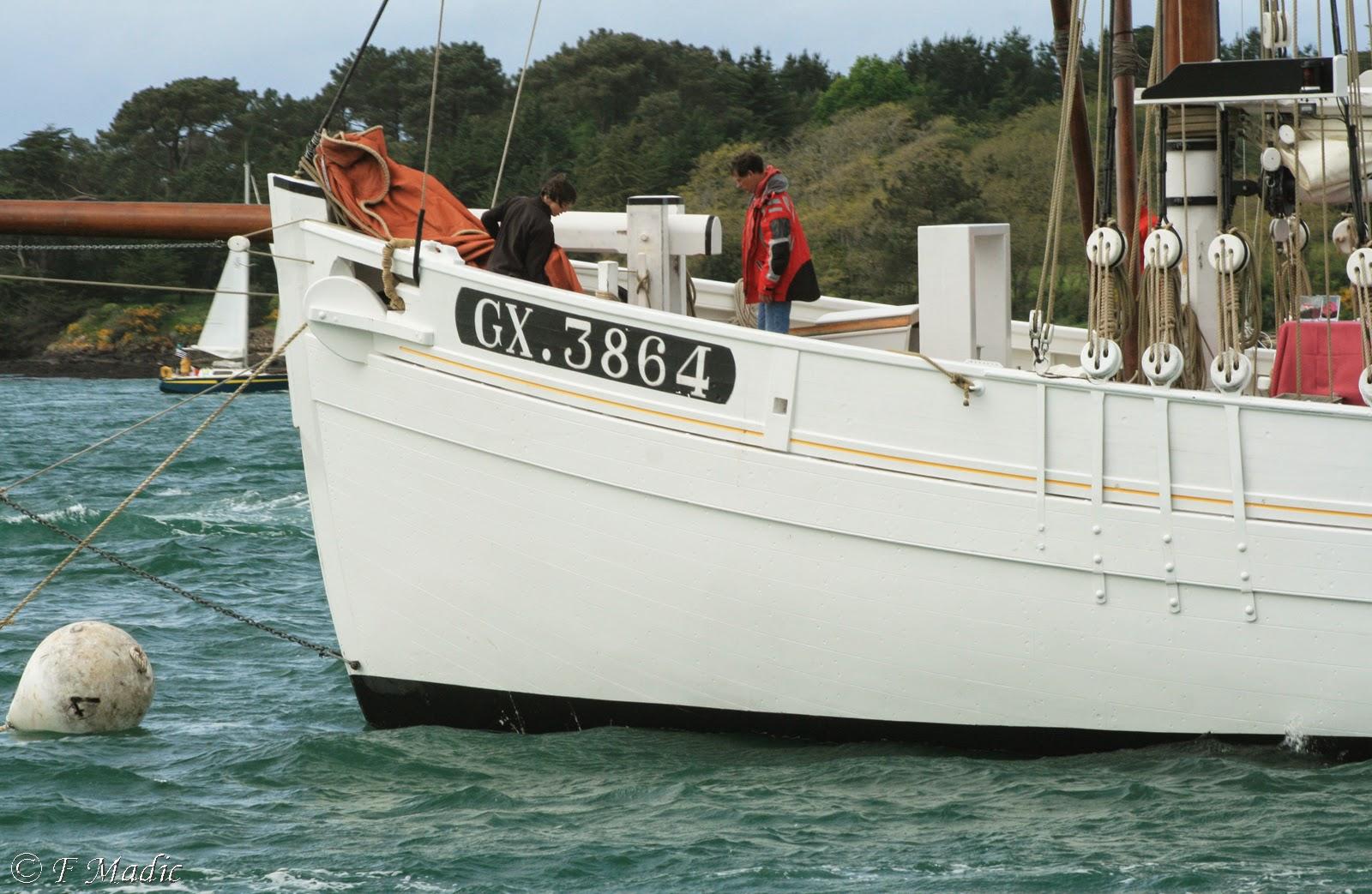 Thonier Marie-Jeanne (Billing Boats 1/50°) par jojo5 - Page 4 ?u=http%3A%2F%2F1.bp.blogspot.com%2F-zaeBVJP5POM%2FU3CElczRXXI%2FAAAAAAAAMcs%2F0_OWAgIGgOI%2Fs1600%2FIMG_4568%2Bcopie