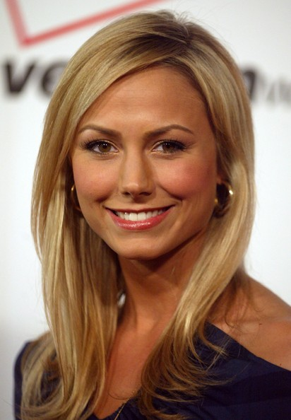 The 38-year old daughter of father (?) and mother(?), 180 cm tall Stacy Keibler in 2017 photo