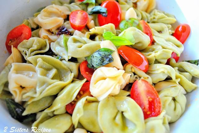 Sisters Recipes... by Anna and Liz: Three Cheese Tortellini Salad