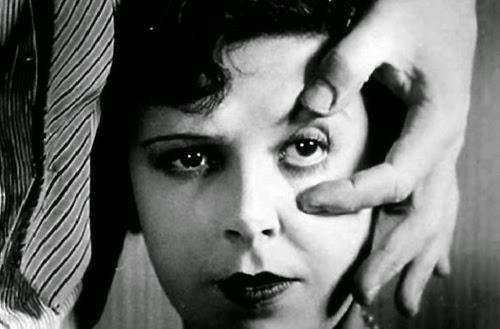 Infinitas Palabras Misteriosas: El macabro caso de La ...