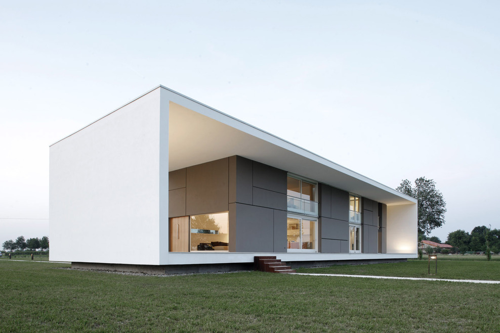 Cube Modern Minimalist Home Design | Smart Home Design ...