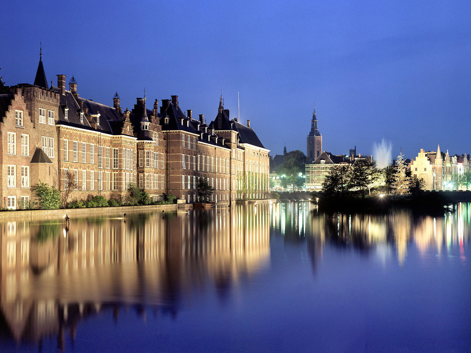 TOP WORLD TRAVEL DESTINATIONS: The Hague, Netherlands