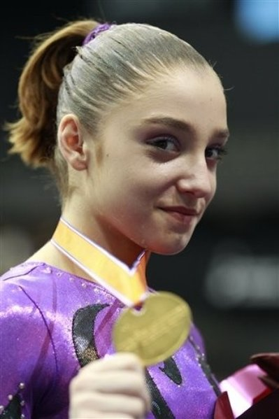 The 22-year old daughter of father Farhat Mustafin and mother Yelena Mustafina, 163 cm tall Aliya Mustafina in 2017 photo