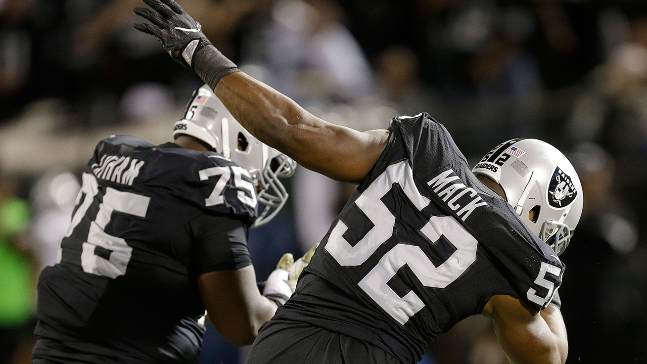 Raiders run past Broncos to take hold of AFC West lead - Sportsnet.ca
