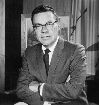 Quote of the Week: Earl Nightingale - Authentic Medicine