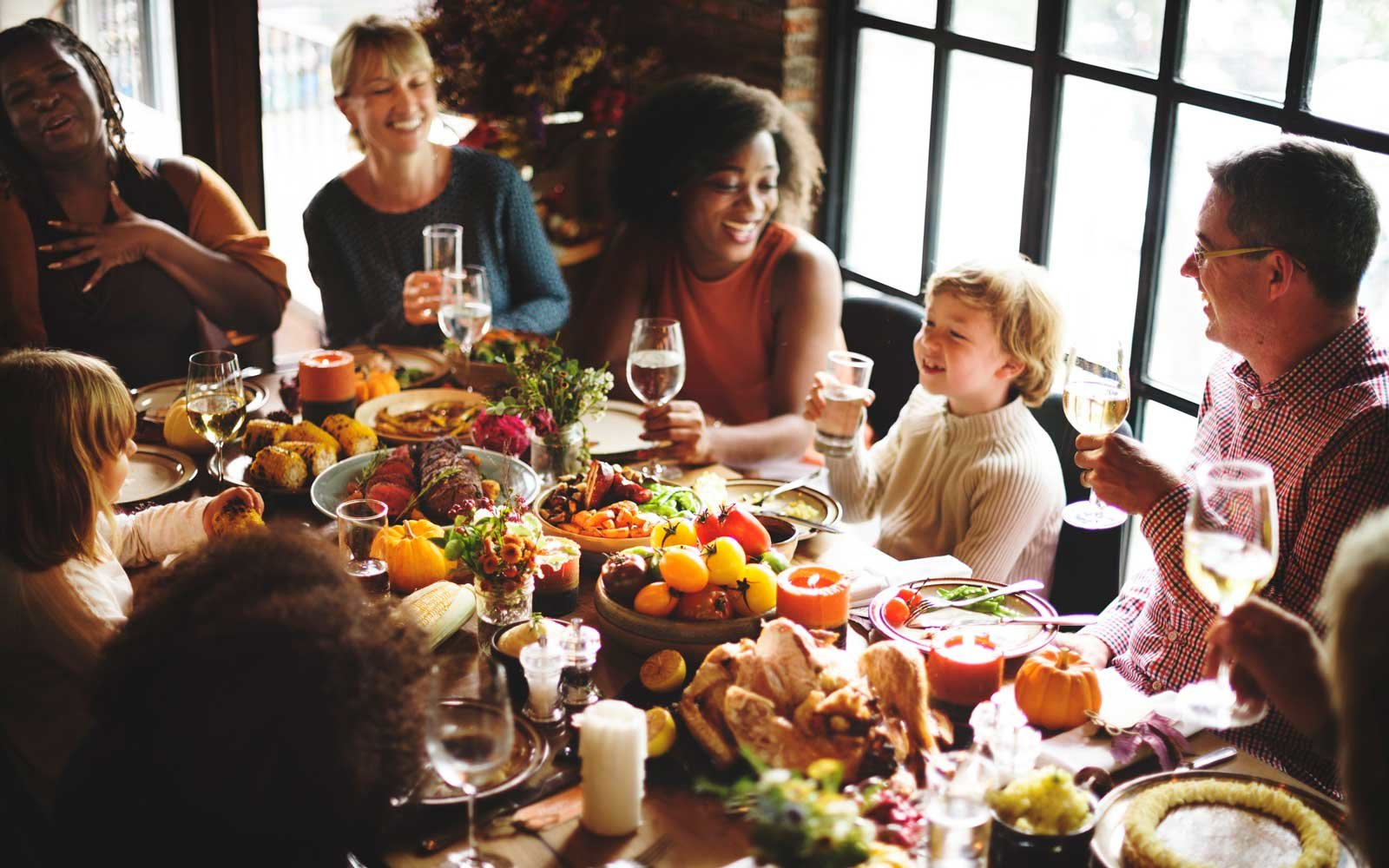 5 Pro Tips For Not Ruining Thanksgiving Dinner With ...