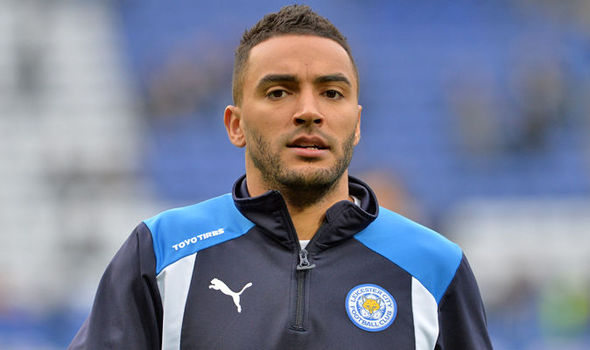 Il 31-anni, 178 cm alto Danny Simpson in 2018 photo