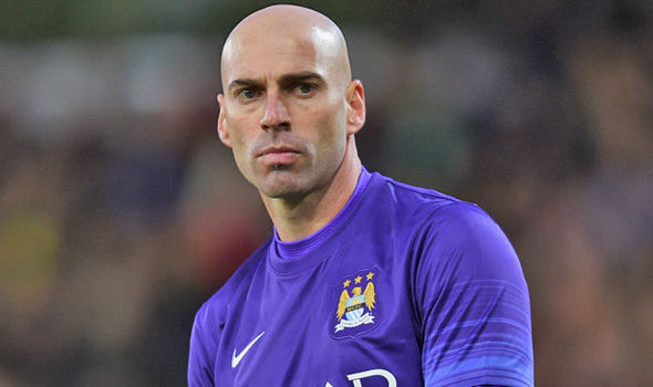 The 36-year old son of father (?) and mother(?), 186 cm tall Willy Caballero in 2018 photo