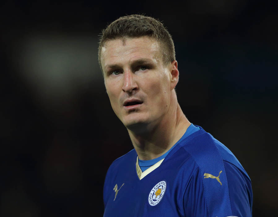 The 33-year old son of father (?) and mother(?), 191 cm tall Robert Huth in 2018 photo