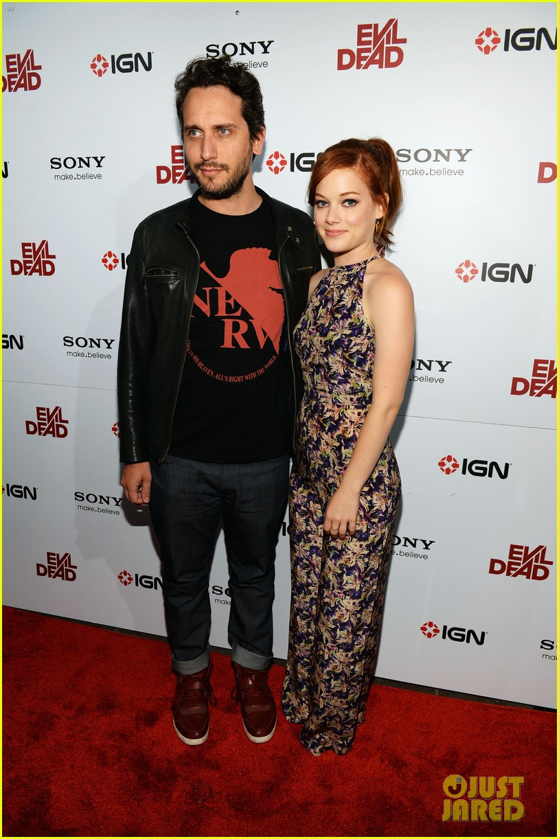 Jane Levy with Singel