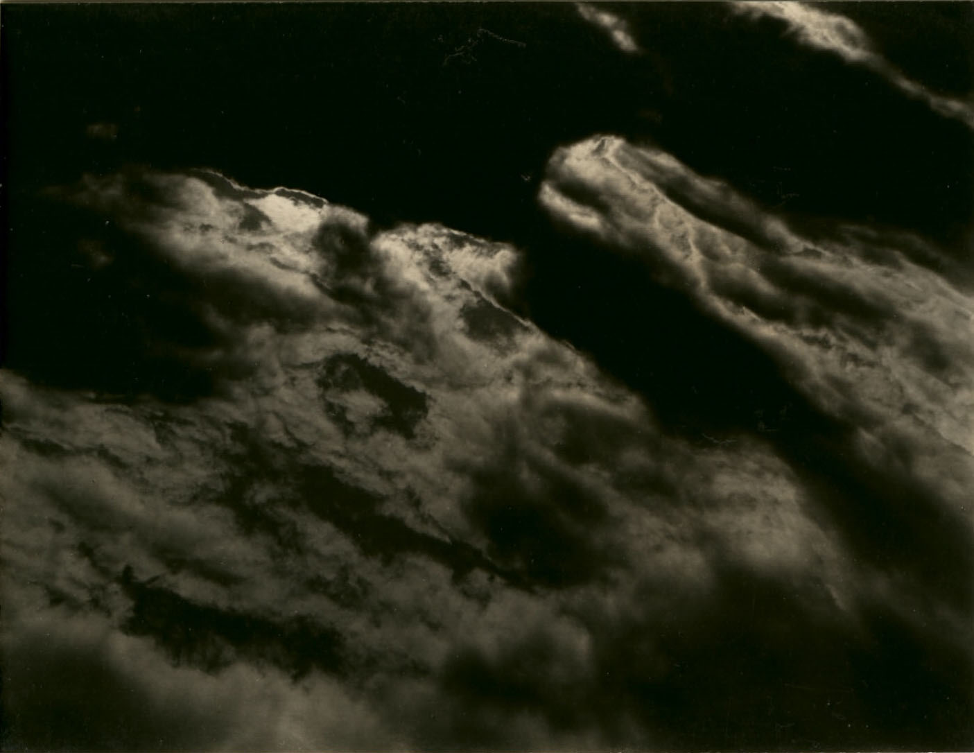 Alfred Stieglitz, Série Equivalents, 1925.