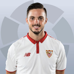 The 25-year old son of father (?) and mother(?), 177 cm tall Pablo Sarabia in 2017 photo