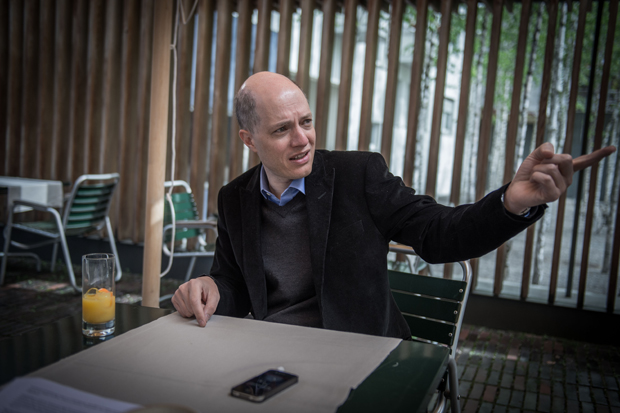 "Alain de Botton to curate an ""anti-blockbuster"" 