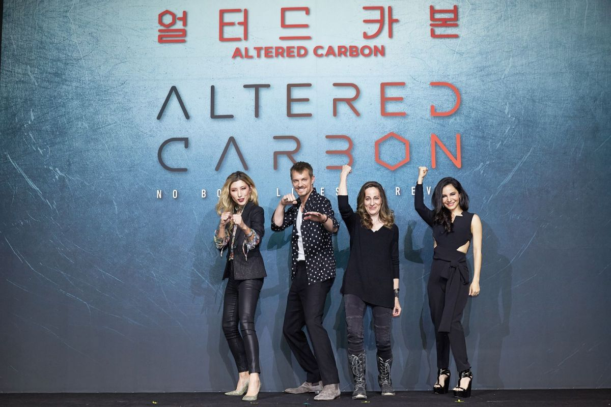 Netflix's Altered Carbon is the Next Blade Runner, Except ...