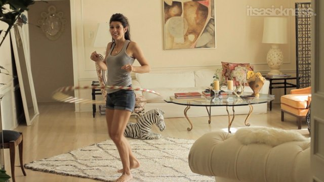 Marisa Tomei focuses on very quick workouts – perfect for the busy ...