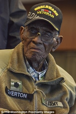 America's oldest man gets private tour of African American ...