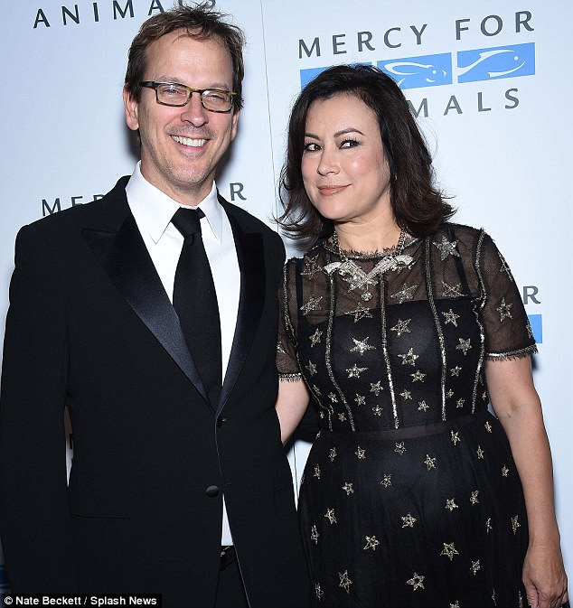 Jennifer Tilly with Kjæreste Phil Laak