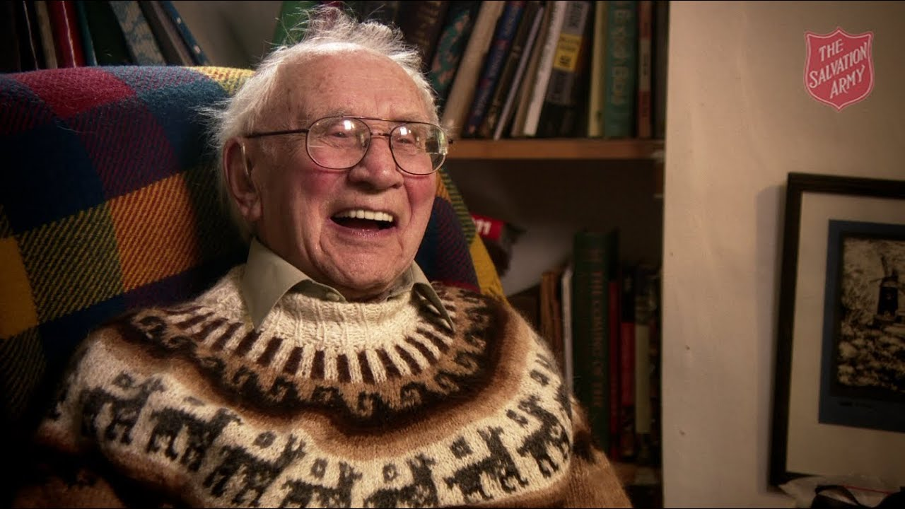 ... plastic surgeon Commissioner Harry Williams turns 100 years - YouTube