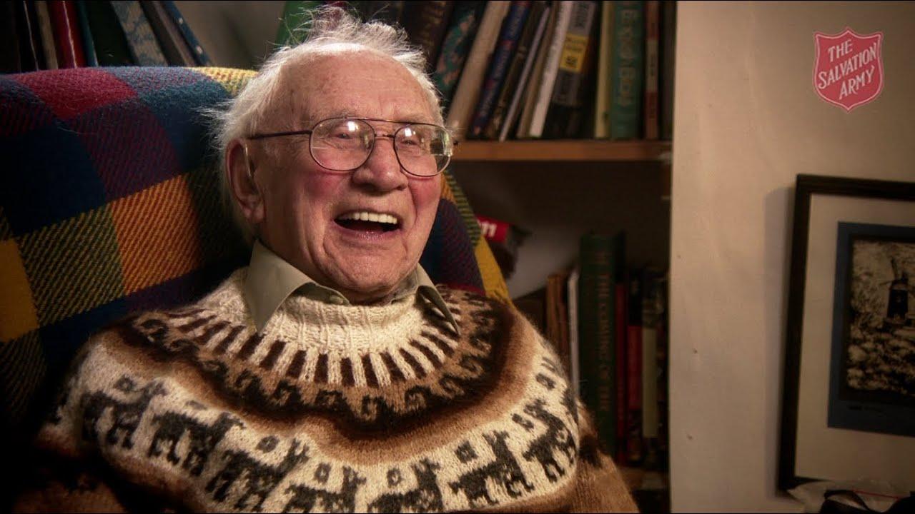 ... plastic surgeon Commissioner Harry Williams turns 100 years - YouTube