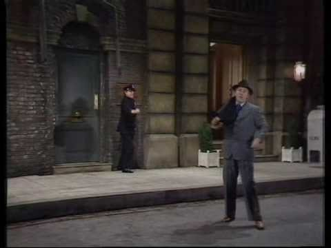 Morecambe and Wise - Singing in the Rain - YouTube