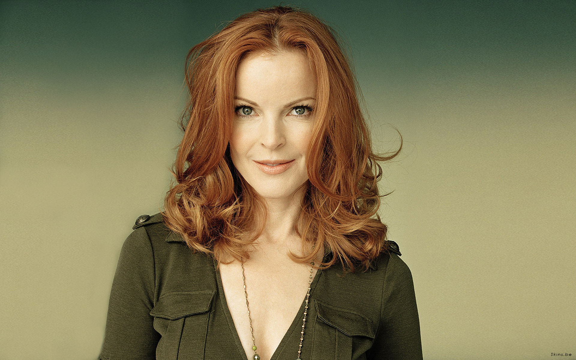Den 55-år gammal, 170 cm lång Marcia Cross in 2017 photo