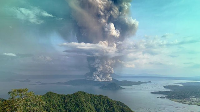 Taal:  PHOTO BY Dante Pamintuan/Instagram
