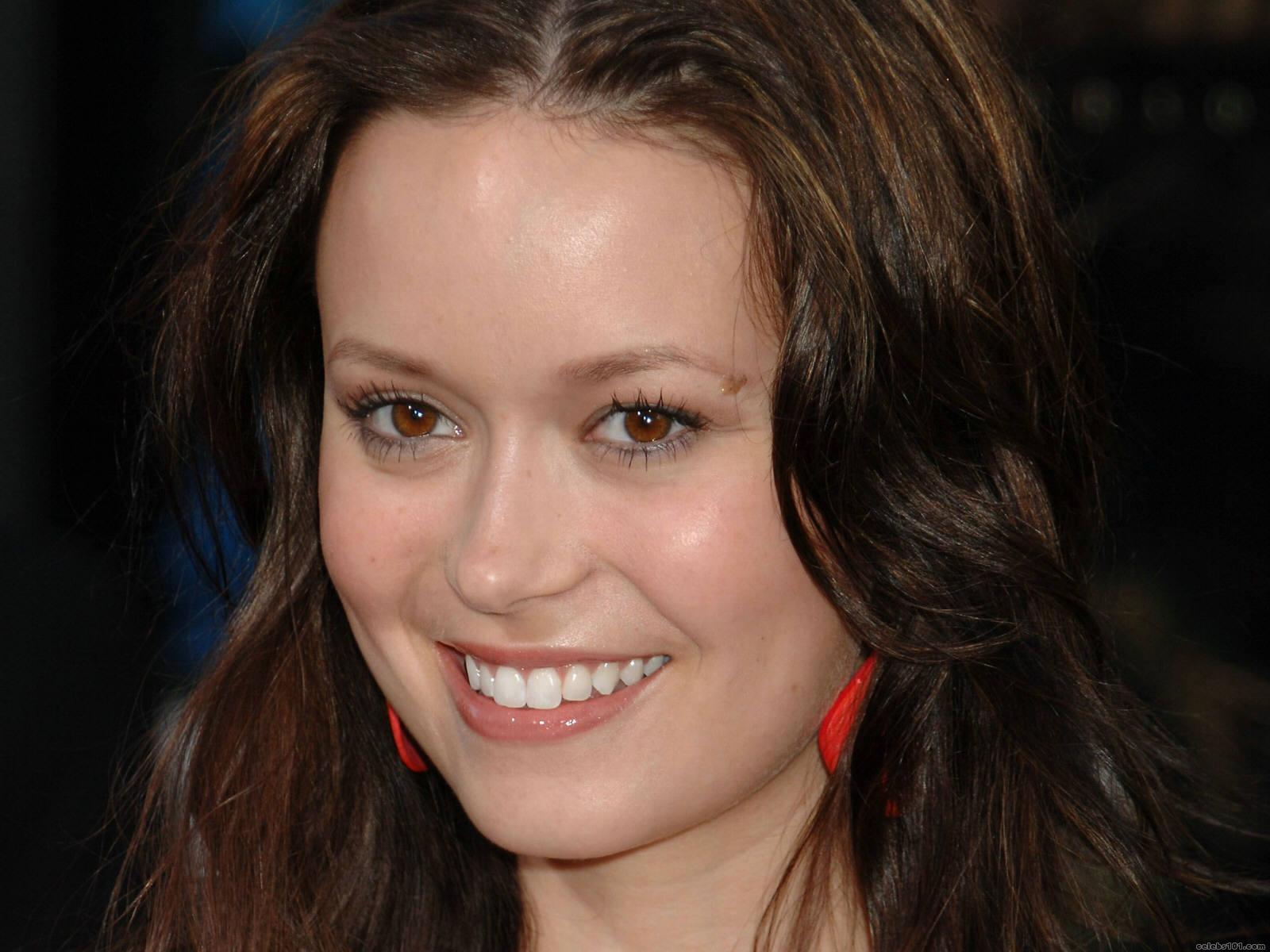 The 36-year old daughter of father (?) and mother(?), 168 cm tall Summer Glau in 2018 photo