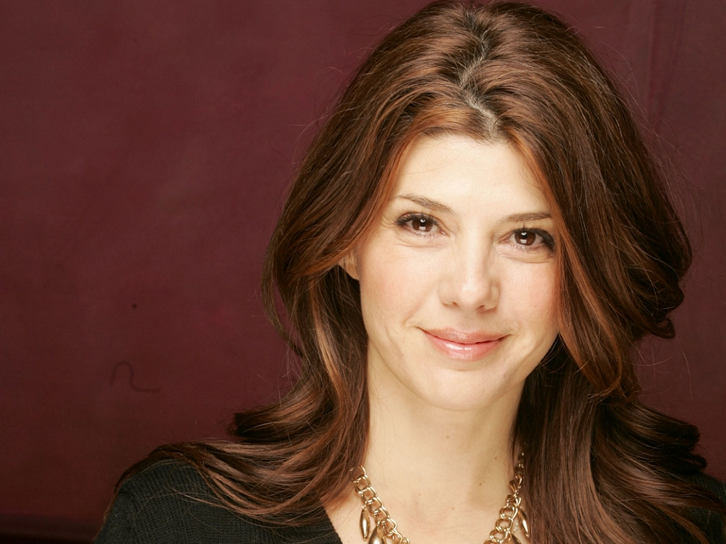 The 54-year old daughter of father (?) and mother(?) Marisa Tomei in 2019 photo. Marisa Tomei earned a  million dollar salary - leaving the net worth at 15 million in 2019