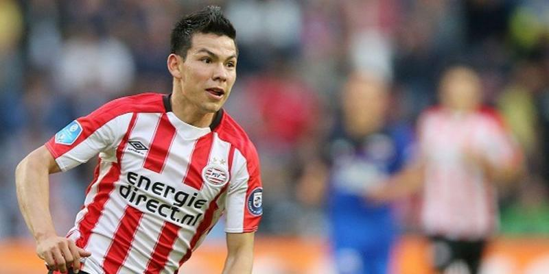 The 22-year old son of father (?) and mother(?), 174 cm tall Hirving Lozano in 2018 photo