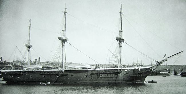 海難1890~トルコ軍艦遭難「エルトゥールル号遭難」の逸話 ...