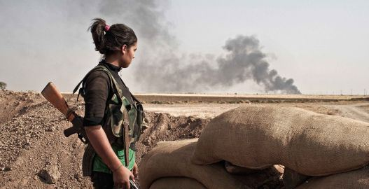 Kurdish YPJ fighter; Photo – Benjamin Hiller