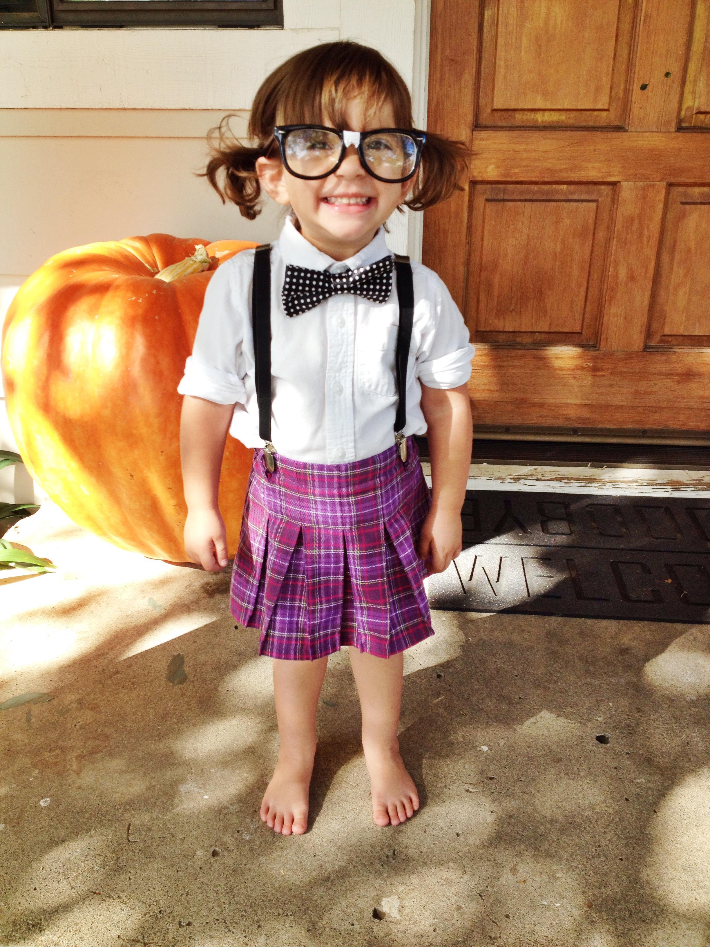 Easy, Inexpensive & Adorable DIY Halloween Costumes for Littles! {Nerd} | Lookie Boo