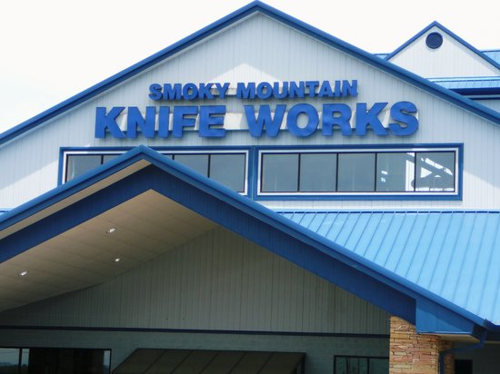 Smoky Mountain Knife Works (Sevierville, TN): Hours ...