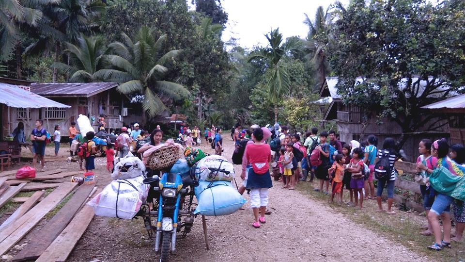Lumad school mocks Duterte's offer of UP slots as new ...