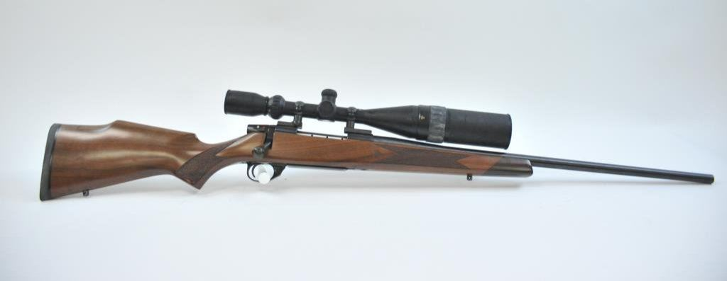 Weatherby Vanguard bolt action rifle in .270 Winchester ...