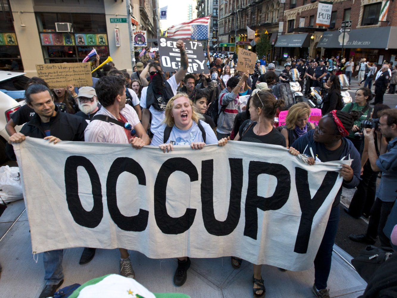 Occupy Wall Street buys $15 million of Americans' medical ...