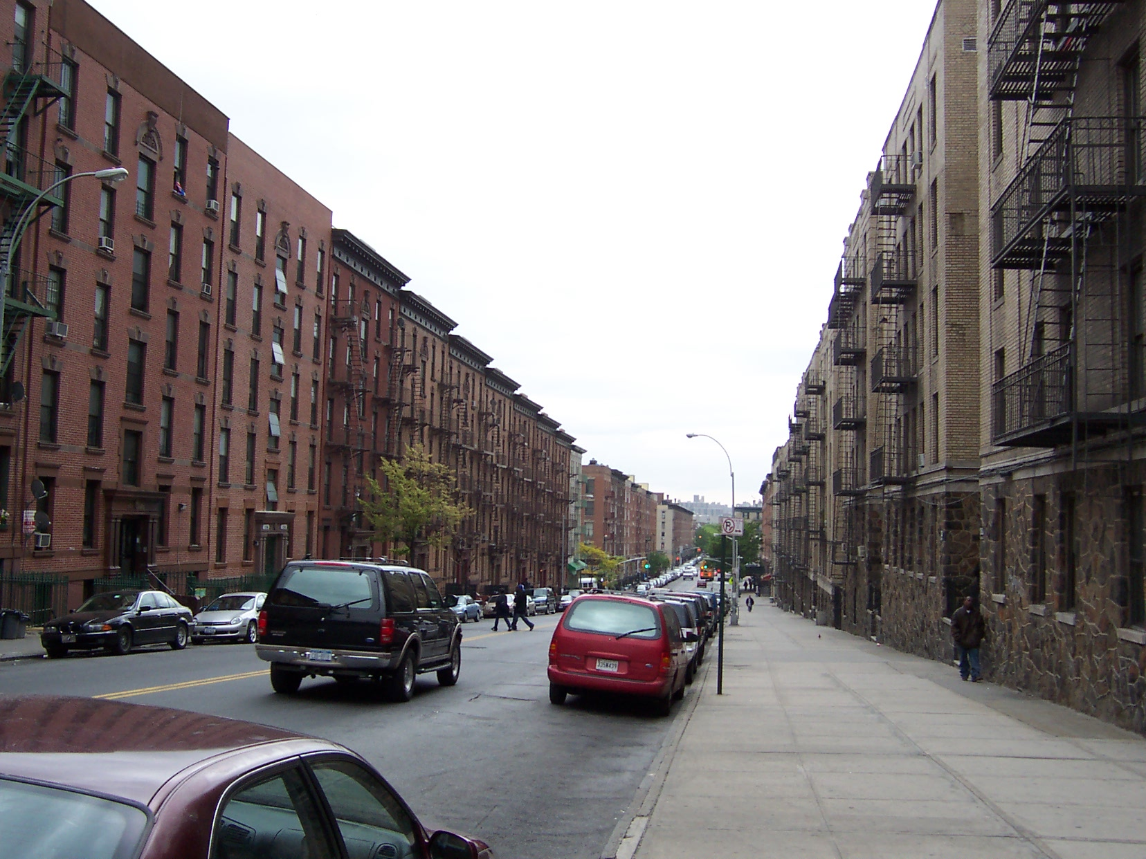 Streetscape in South Bronx