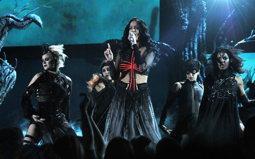 Katy Perry - Grammy Performance - 2014 - Satanic - Witchcraft - Not a ...