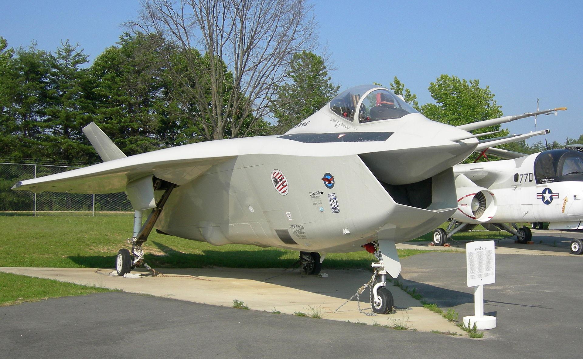 5th gen light mulltirole fighter/Mikoyan LMFS - Page 24 ?u=http%3A%2F%2Fnationalinterest.org%2Ffiles%2Fmain_images%2Fboeing_x-32b_patuxent