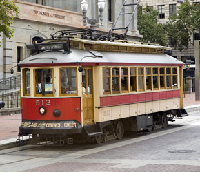 Two vintage trolley trains heading to St. Louis | TriMet News