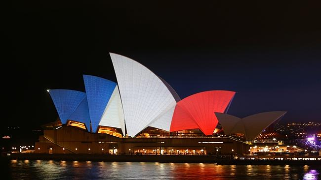 The Sydney Opera House is lit up in the colours of the French flag in ...