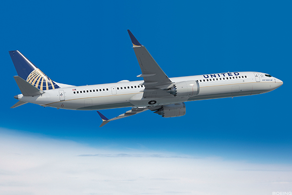 United Jumps on Boeing MAX 10 Bandwagon While Delta Takes ...