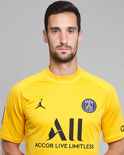The 23-year old son of father (?) and mother(?), 195 cm tall Sergio Rico in 2017 photo