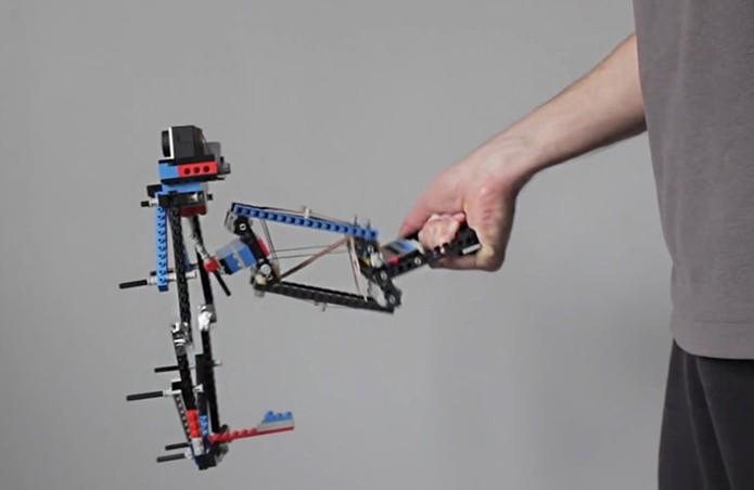 ... com o uso da GoPro no modelo de Lego (Foto: Divulgação/ProductTank