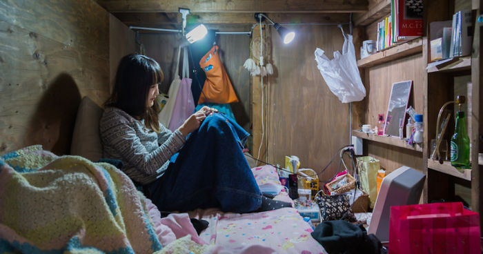 Shocking Pics Of People Living In Incredibly Tiny Rooms In ...