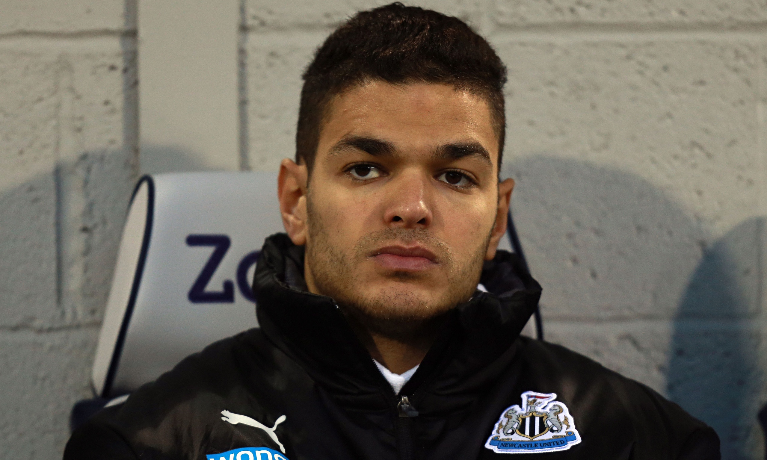 The 30-year old son of father Kamel Ben Arfa and mother(?), 178 cm tall Hatem Ben Arfa in 2017 photo