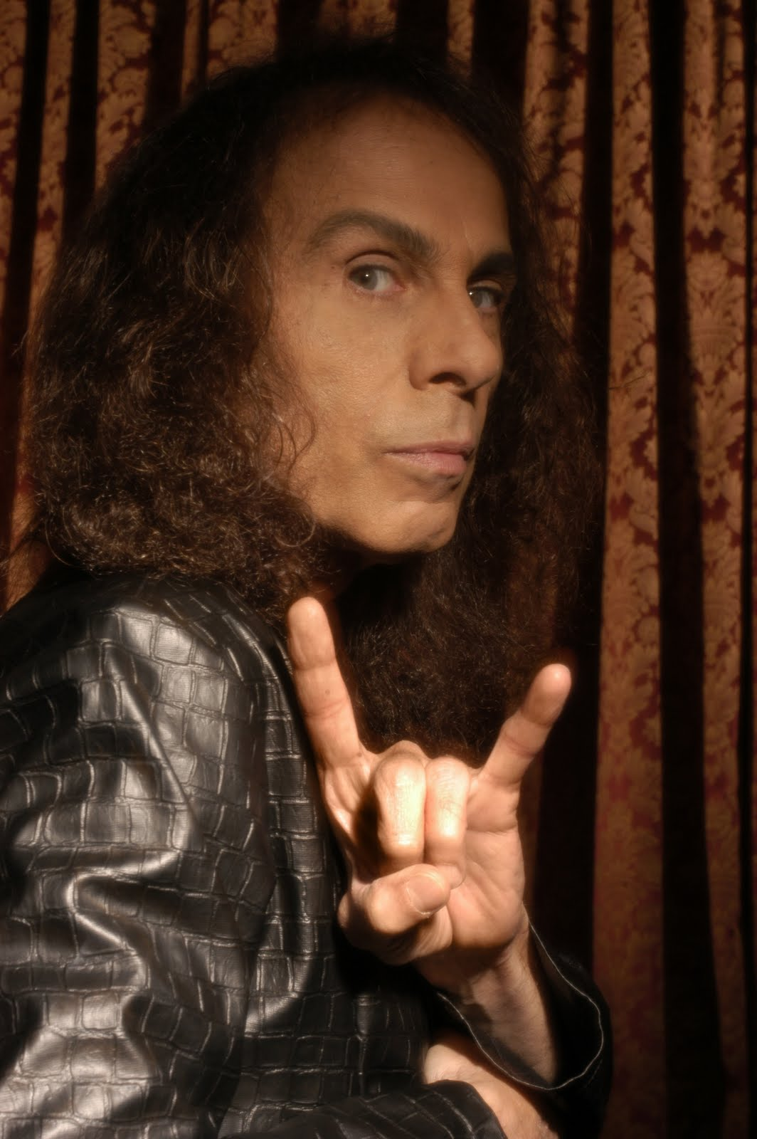 Ronnie James Dio ha fallecido esta tarde | Tanaka Music