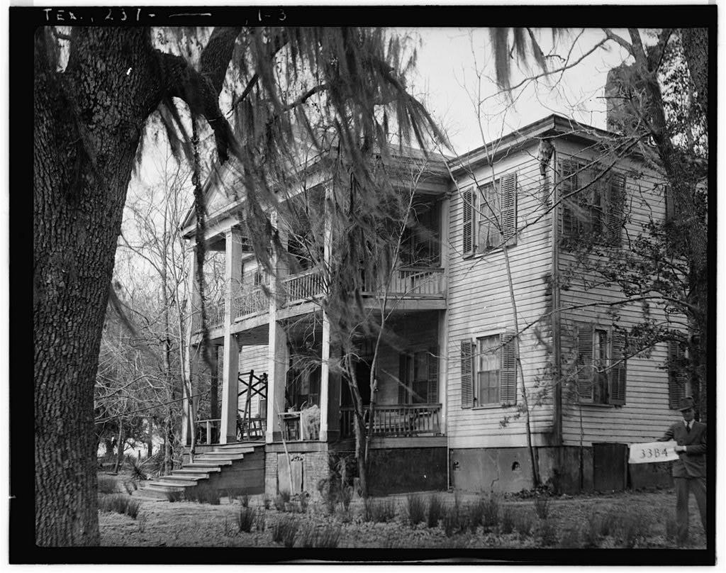 File:Liendo Plantation, Hempstead, Texas.jpg - Wikimedia Commons