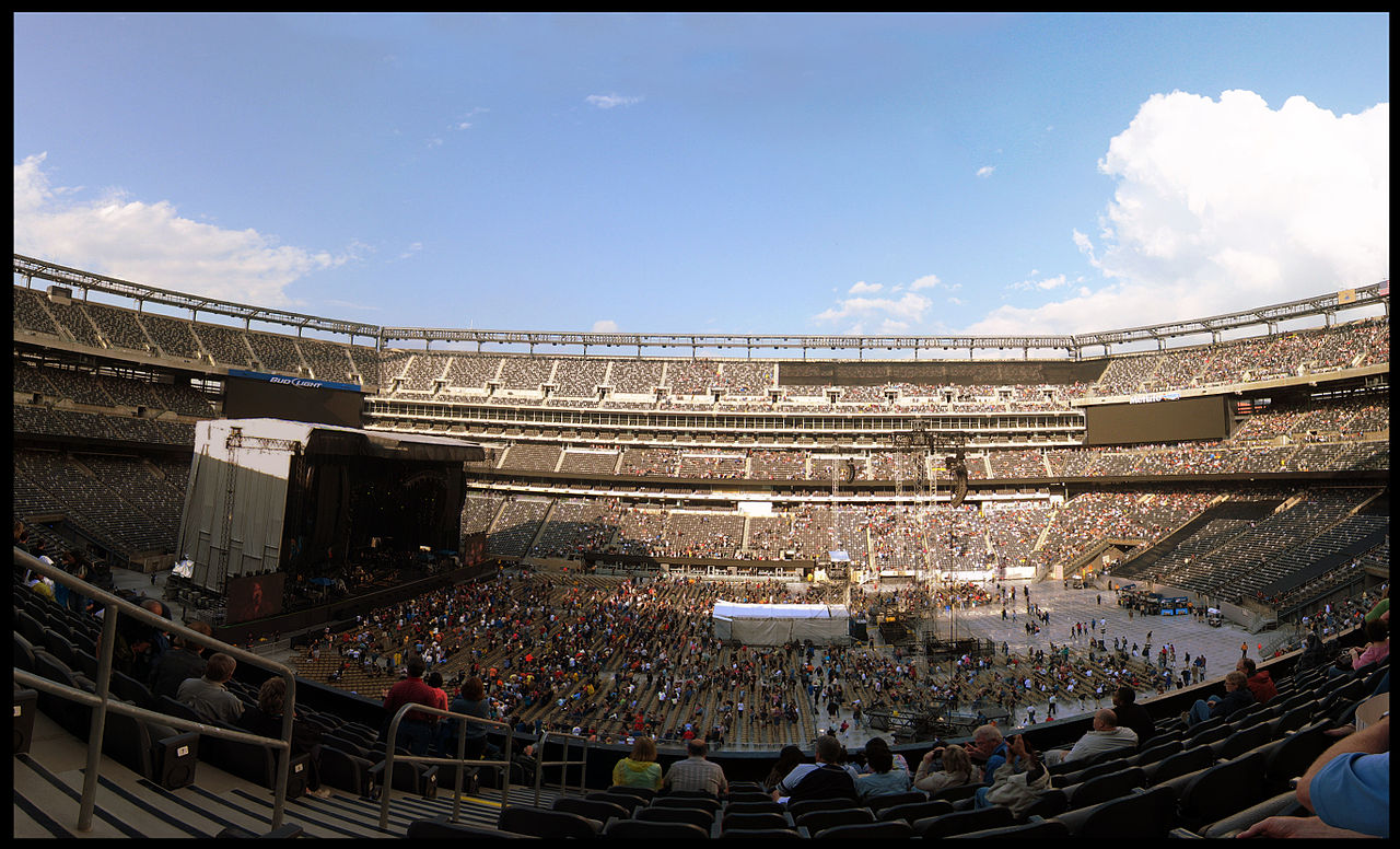 File:New Meadowlands Stadium Bon Jovi concert.jpg
