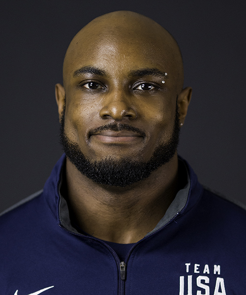 The 23-year old son of father (?) and mother(?), 164 cm tall Donnell Whittenburg in 2018 photo